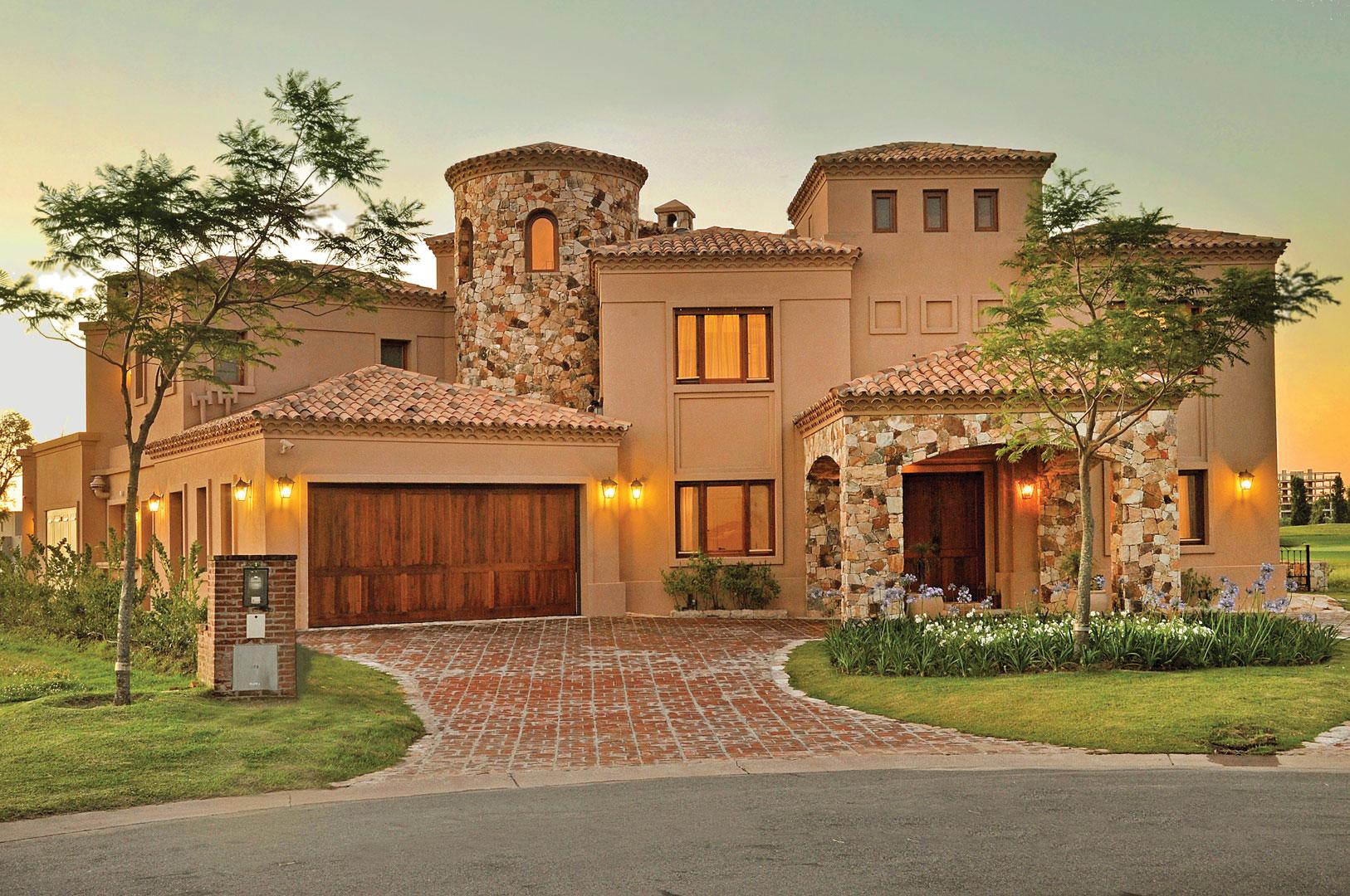 Apa arquitectura casa estilo cl sico toscano for Casas de diseno santa fe