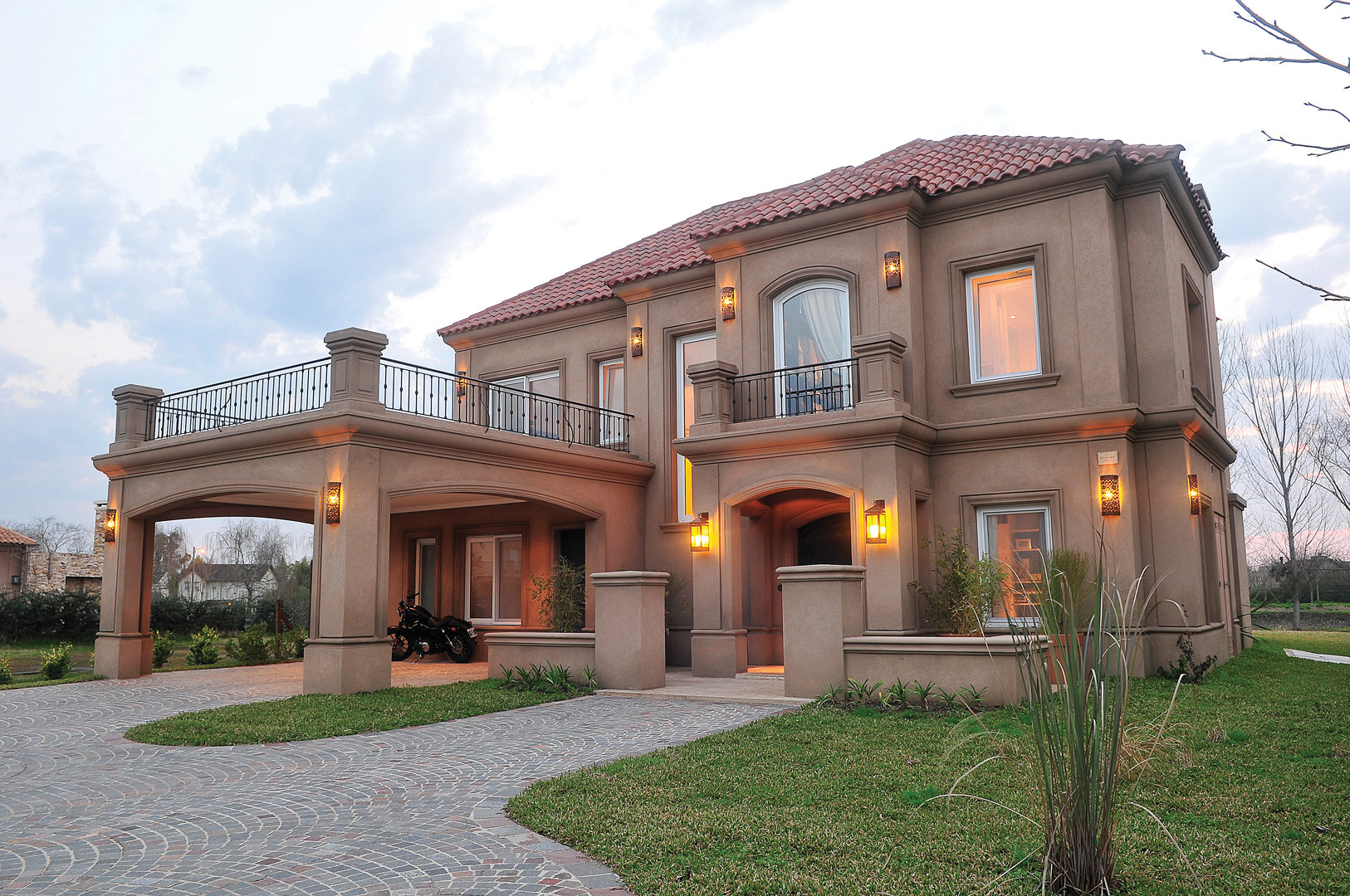 Fern ndez borda arquitectura casa estilo cl sico arquitectos - Casas clasicas modernas ...