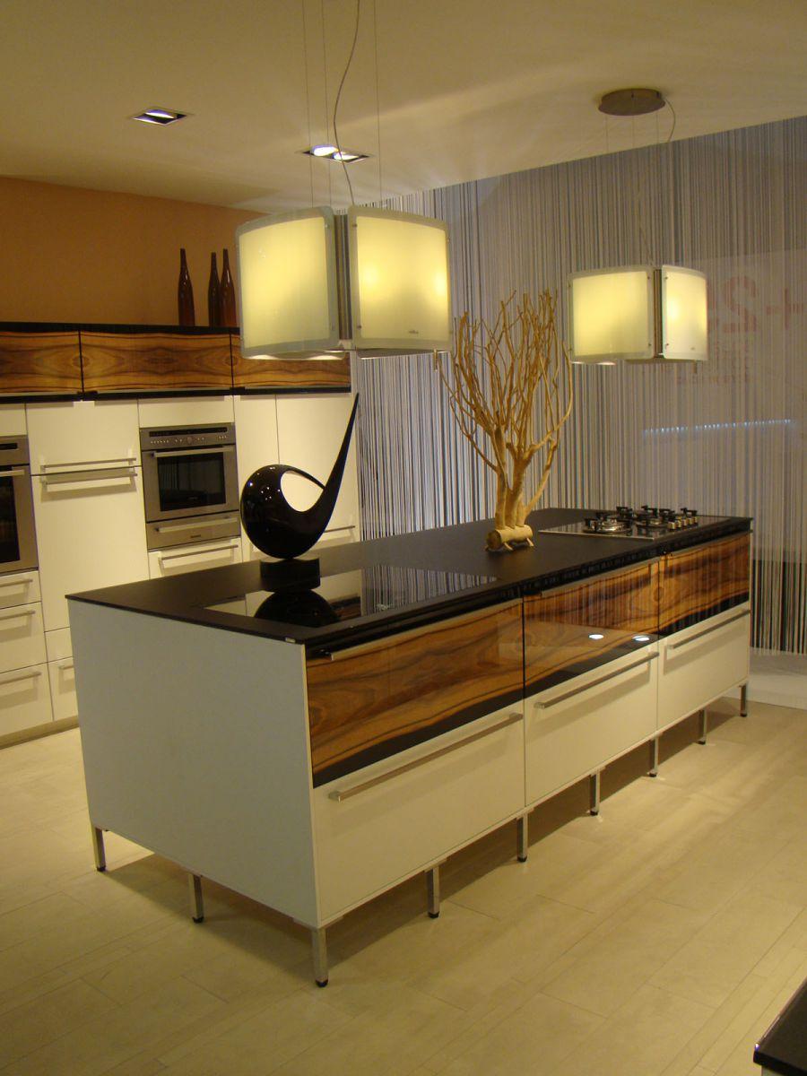 Cocinas objetos de deseo portal de arquitectos for Mueble cocina en l
