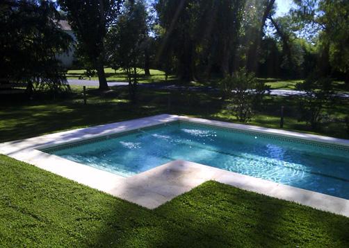 Piscina mayling club de campo portal de arquitectos for Solados para piscinas