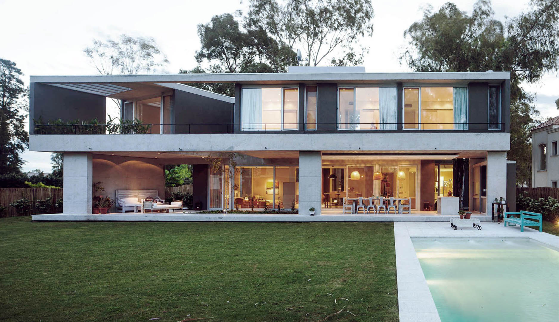 Amado cattaneo arquitectos casa estilo actual - Arquitectos casas modernas ...
