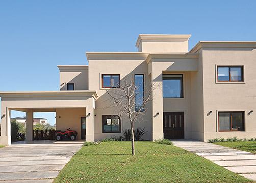 Estudio farina vazzano casa estilo cl sico neocl sico for Casas modernas clasicas