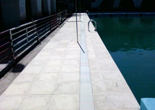 Remodelaci n de piscina universidad de tucum n portal de for Solados para piscinas