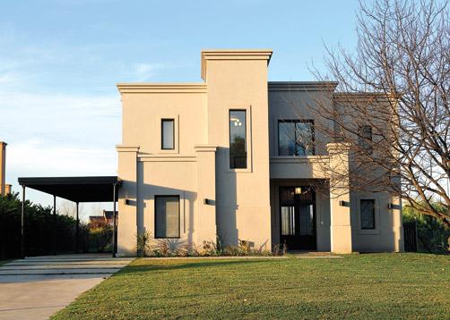 Marcela parrado arquitectura casa estilo actual for Fachadas de casas clasicas modernas