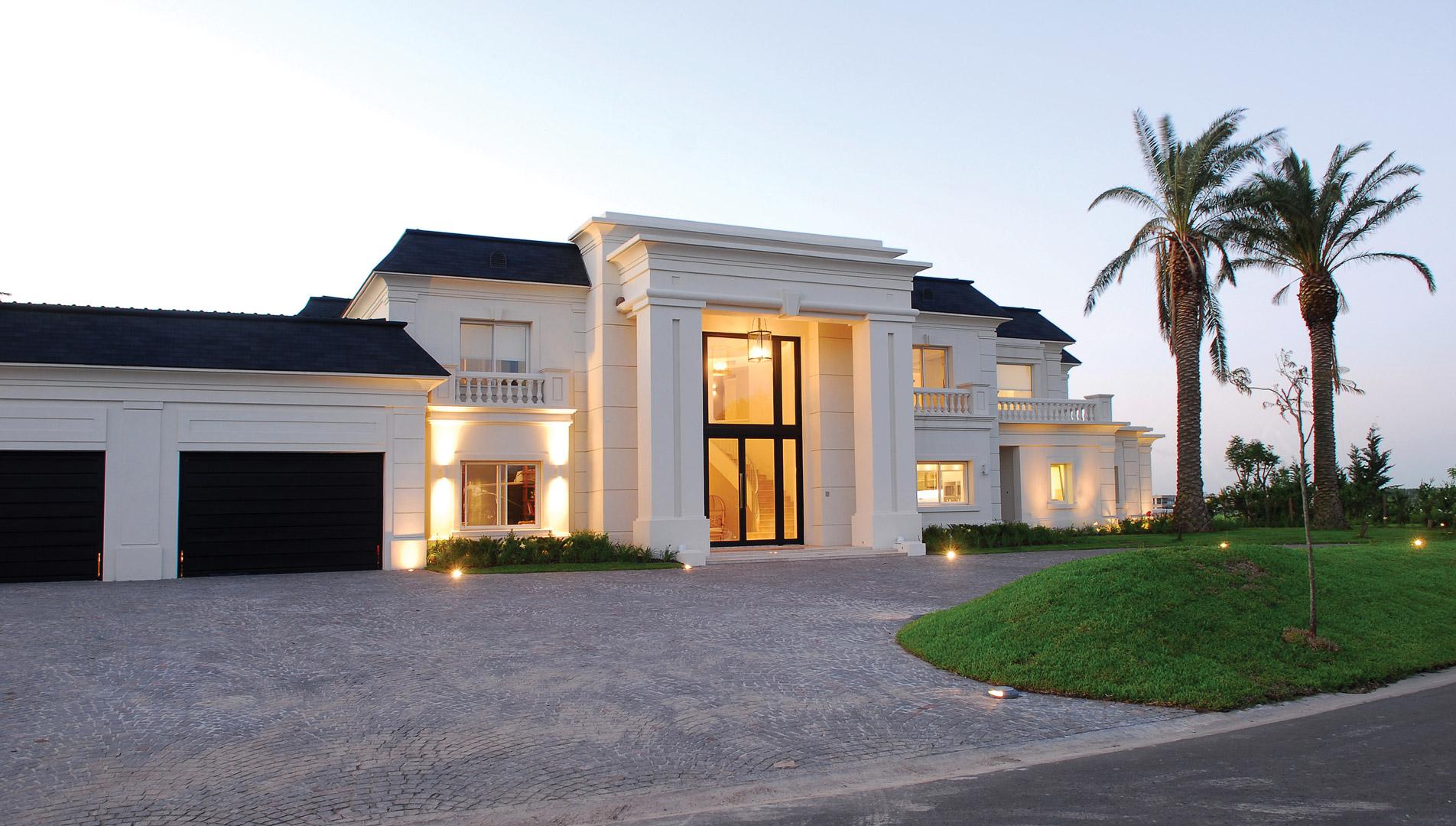 Apa arquitectura casa estilo cl sico franc s for Casas estilo clasico moderno