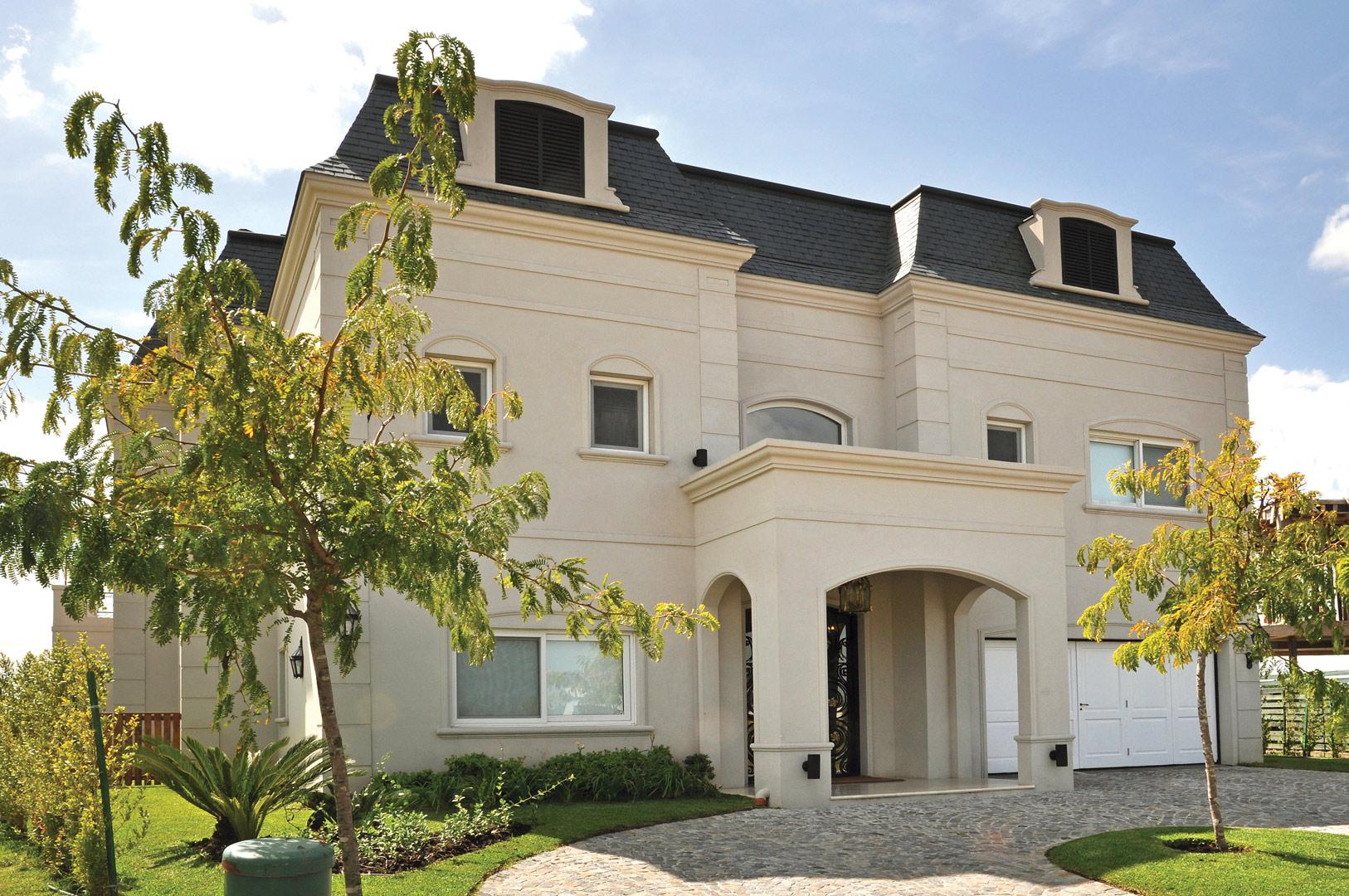 Fredi llosa y arquinova casas casa estilo cl sica for Casa vivienda jardin pdf