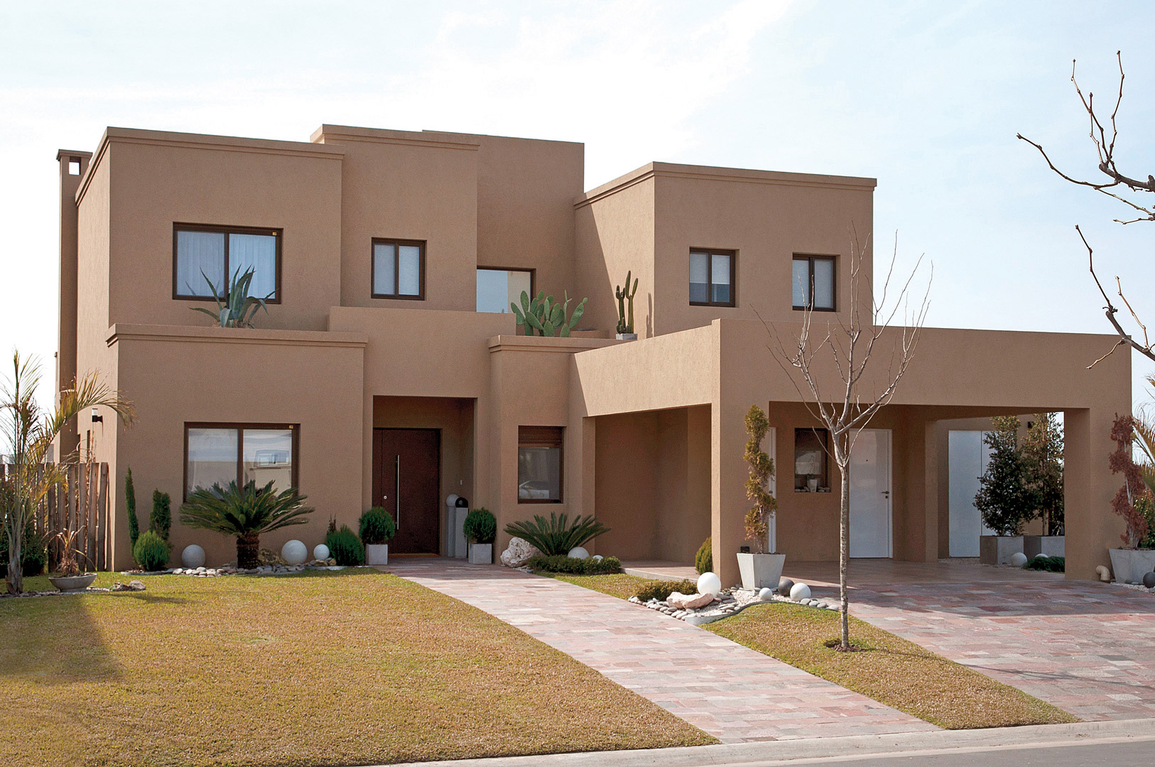 fredi llosa y arquinova casas casa actual estilo