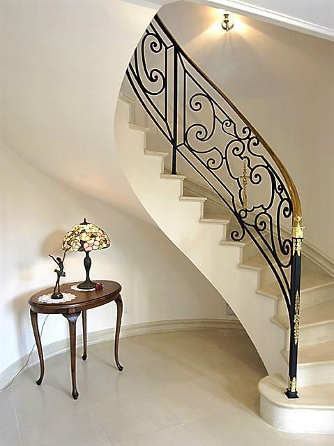 Estudio leal arquitectos casa estilo franc s portal de - Estudio 3 arquitectos ...
