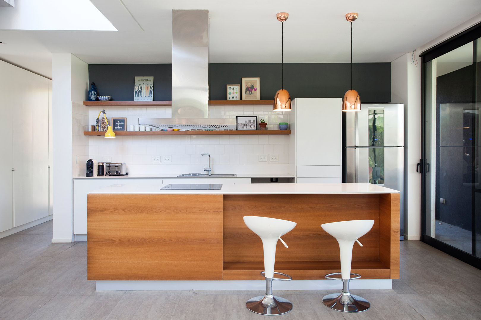 Estudio pka arquitectura casa estilo actual racionalista for Casas de muebles en uruguay