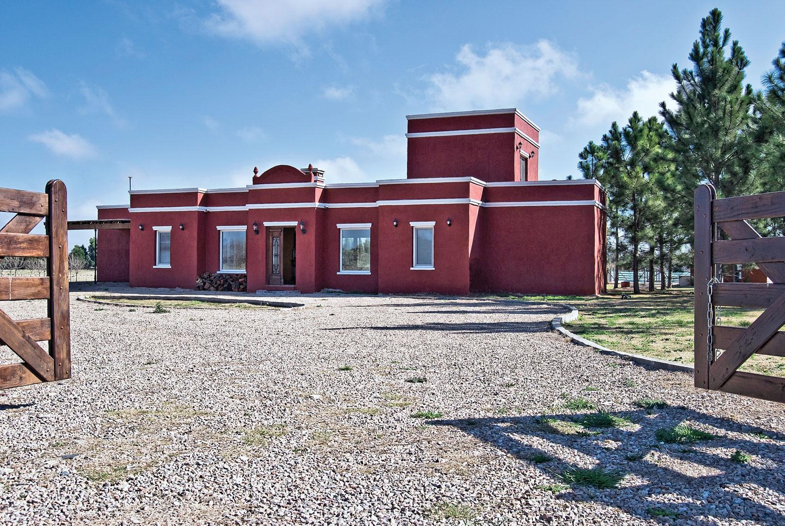 Casa de campo argentino portal de arquitectos for Casas de campo argentina diseno