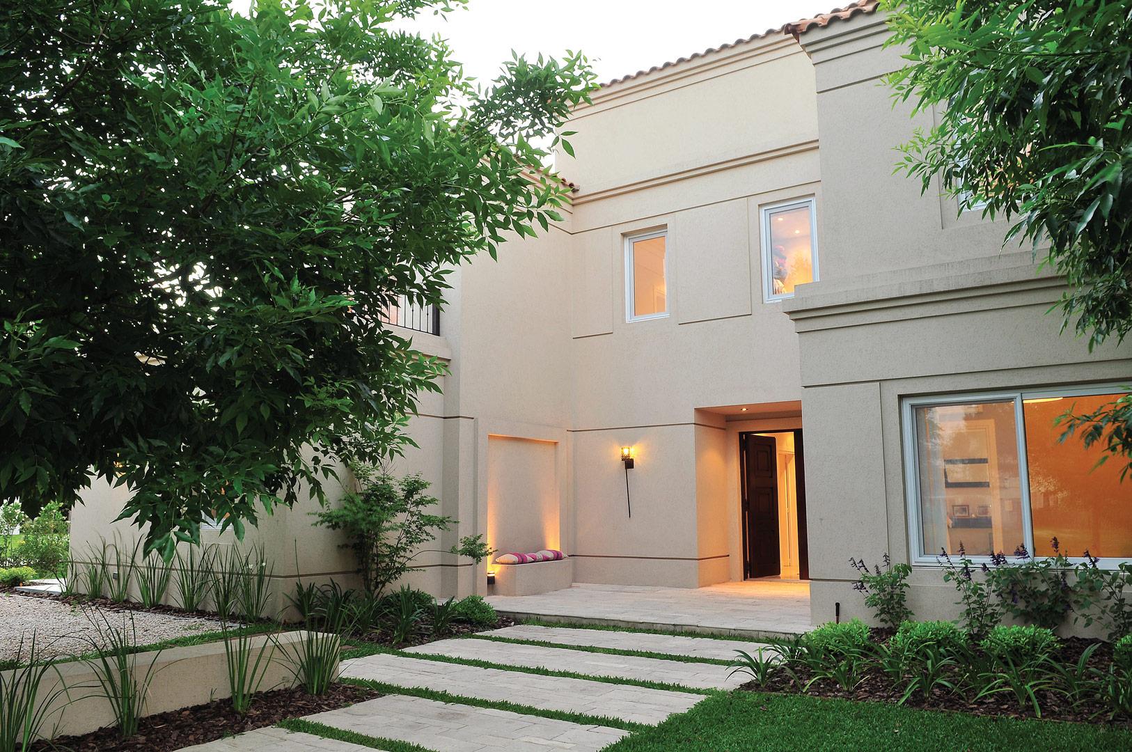 Galeria fotos junor arquitectos casa estilo clasica - Casas de estilo italiano ...