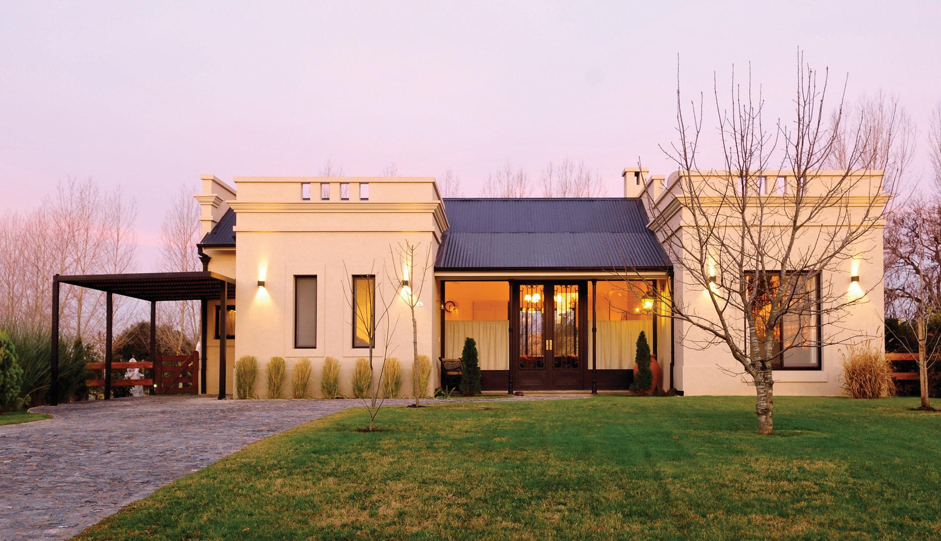 Marcela parrado arquitectura casa estilo cl sico campo argentino arquitecto portal de - Casas clasicas modernas ...