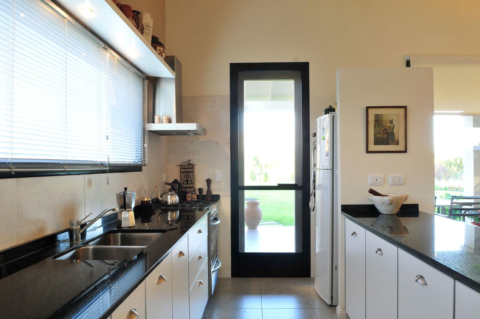 Marcela parrado arquitectura casa estilo cl sico campo for Interior 1 arquitectura