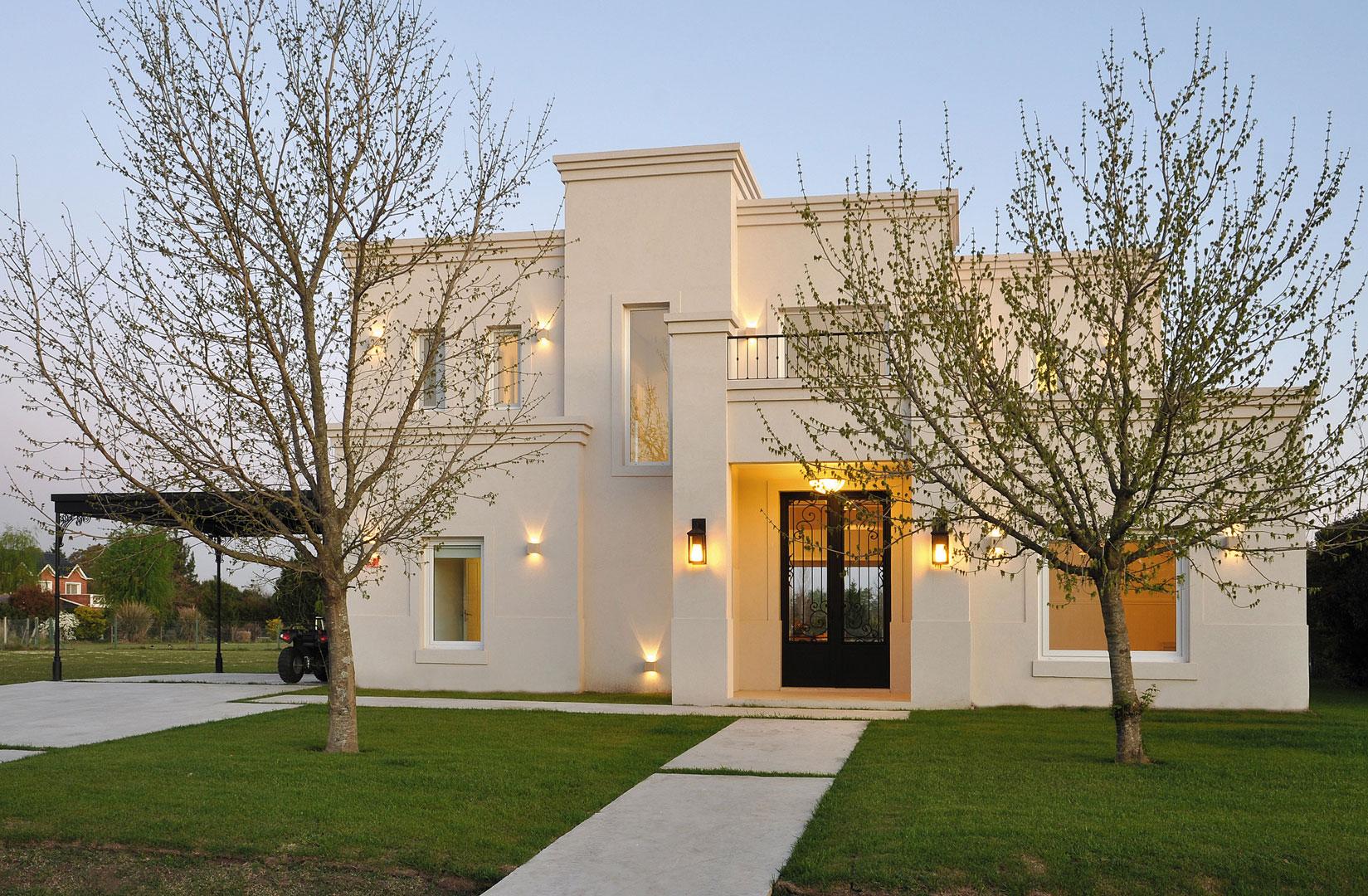 Marcela parrado casa estilo actual c sico arquitecto for Estilos de casas arquitectura