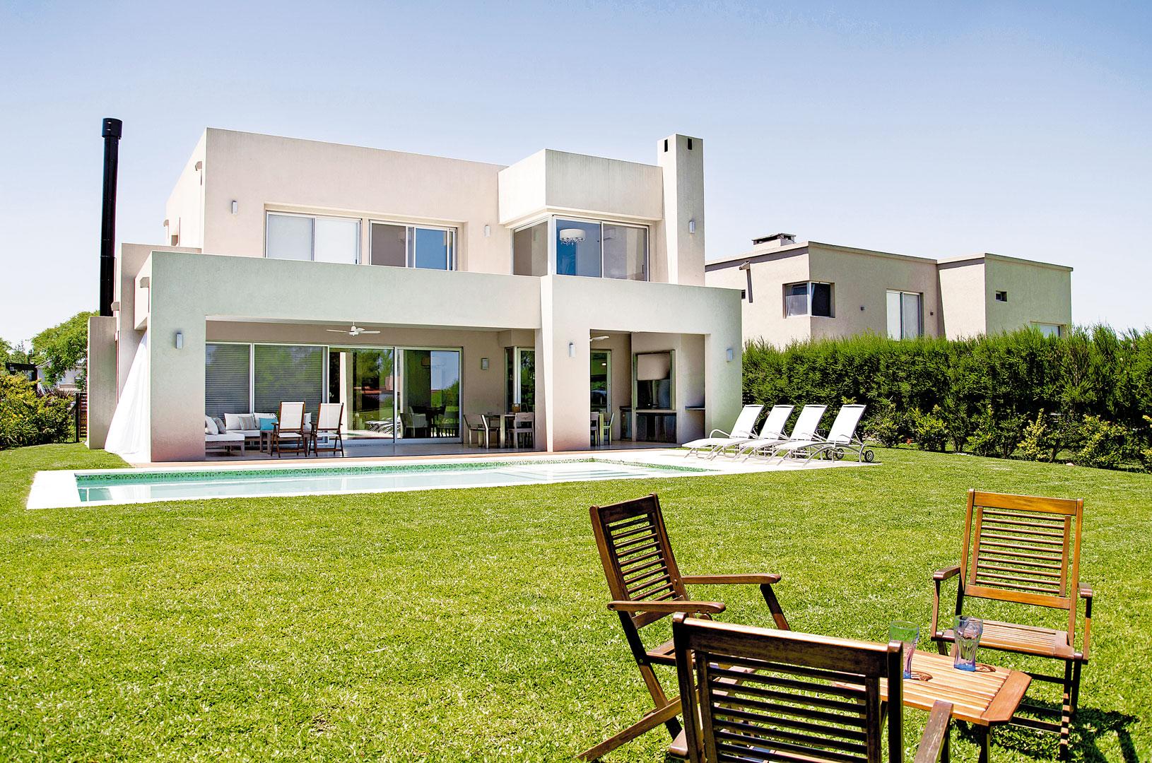 Marcela parrado arquitectura casa estilo actual for Estilos de casas arquitectura