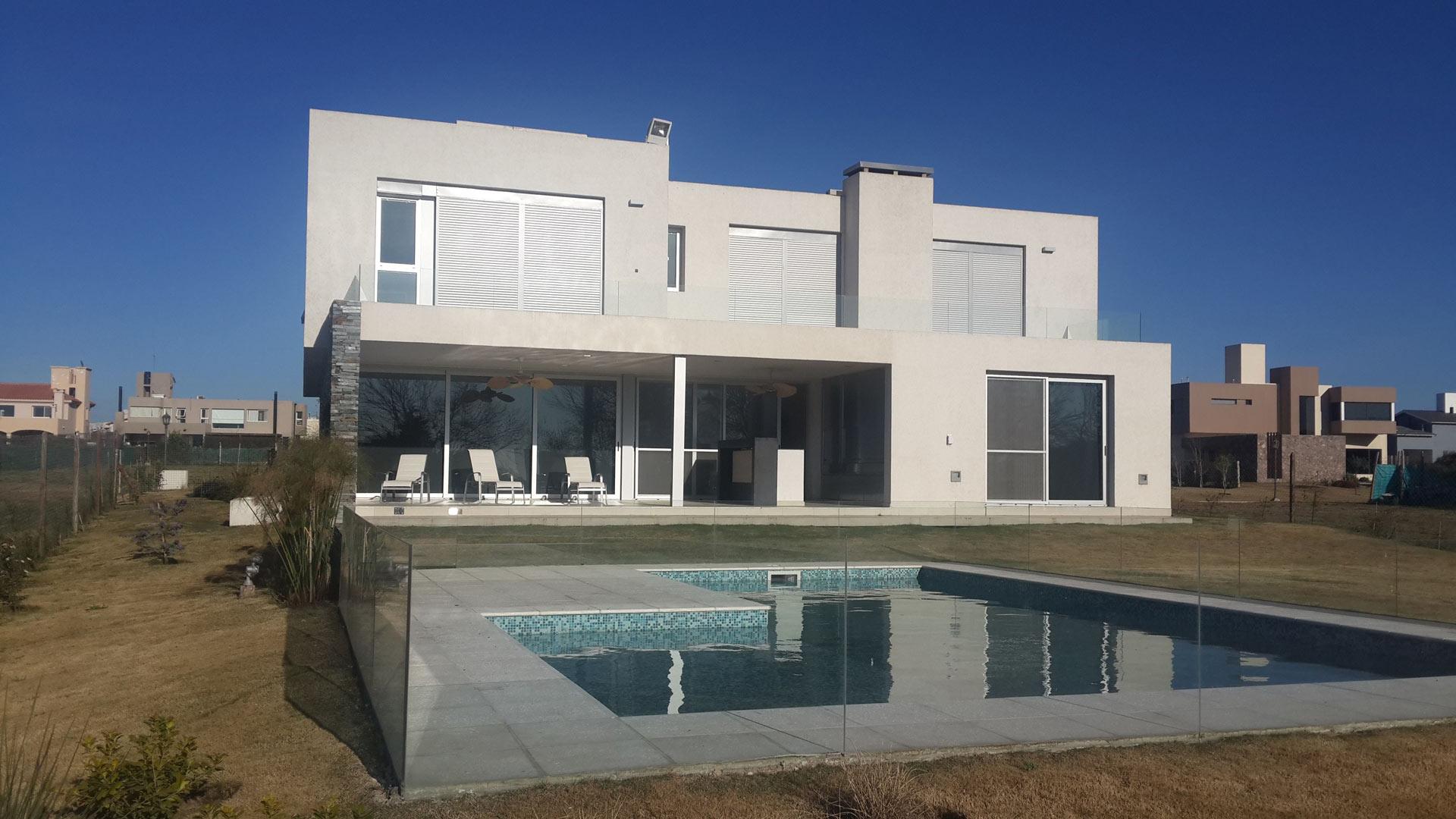 Palmero vucovich arquitectura y desarrollos casa estilo - Estudios de arquitectura en cordoba ...