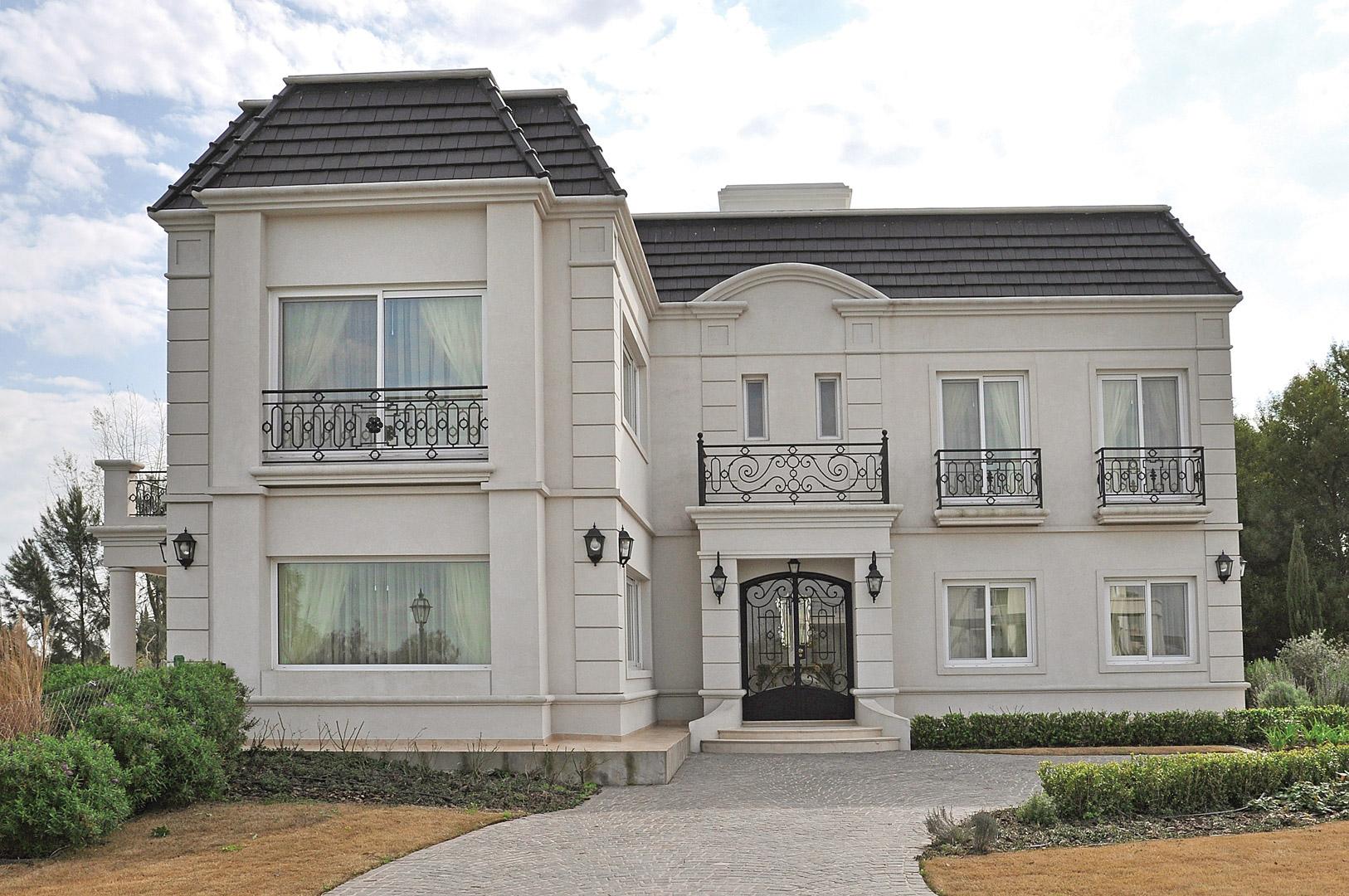 Vaccarezza tenesini angelone arquitectos casa estilo - Casas estilo frances ...